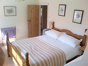 Double room at The Long House Bed and Breakfast
